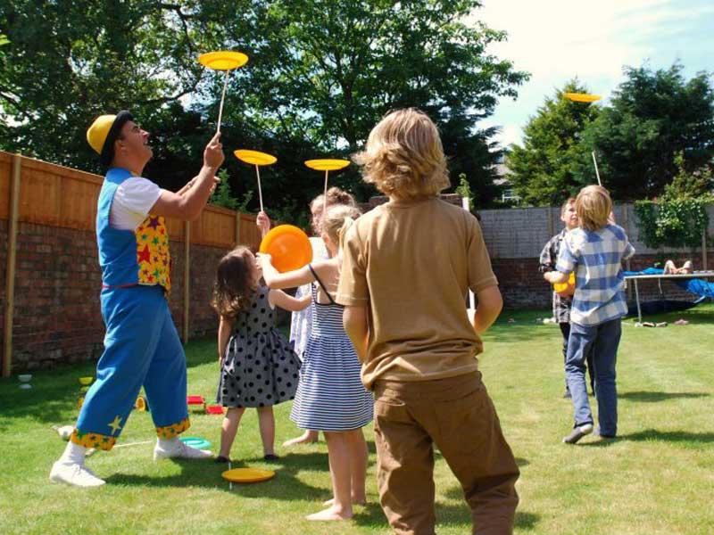 Manchester Children's Entertainer Adrian Catch