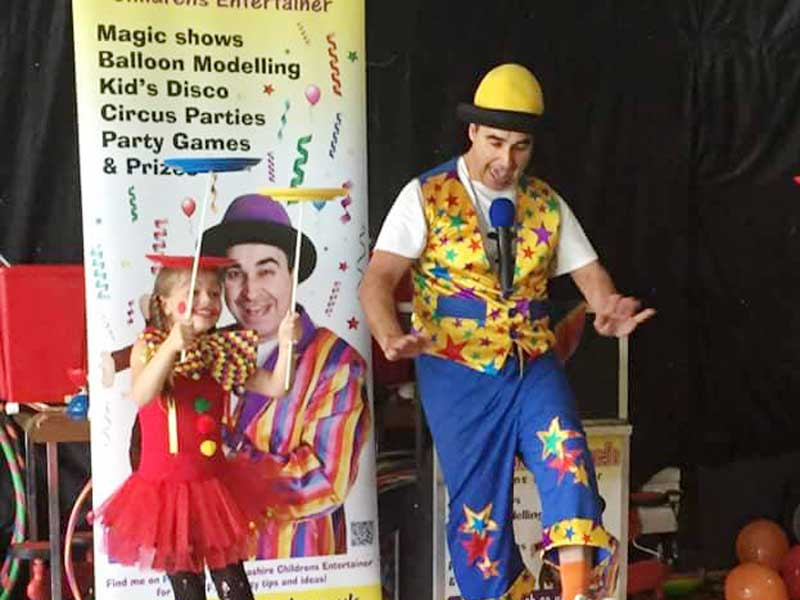 Blackpool Children's Entertainer Adrian Catch